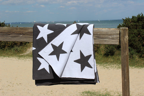 Luxury Starry Knit Throw