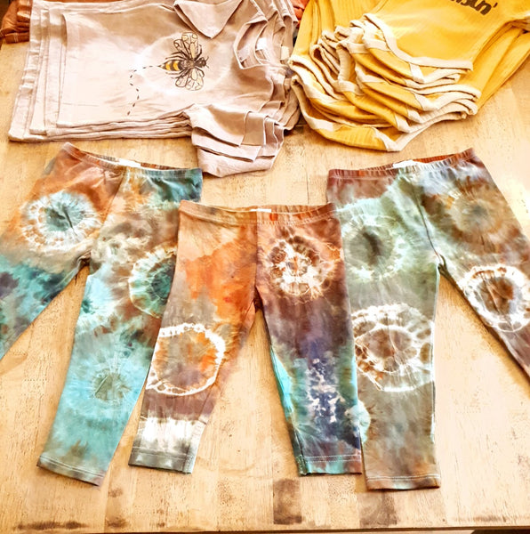 **ready to post ** Daintree Earth Leggings