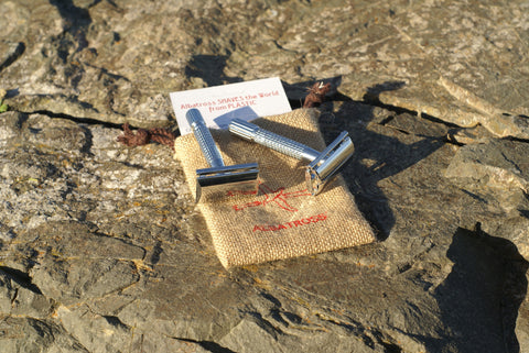 Safety Razor Albatross SHAVES the World from Plastic 3-piece and butterfly style