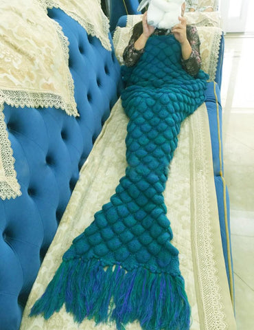 Green Mermaid Scales Blanket