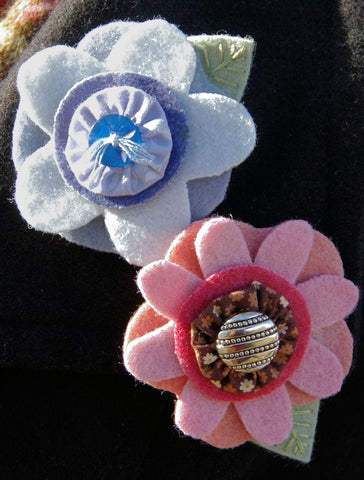Wool Flower Pin Pattern