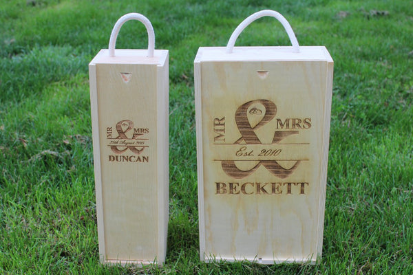 Chompboards.com - [product_type ] - 'MR & MRS - Rings' Double Rope Handle Personalised Wooden Wine Gift Box