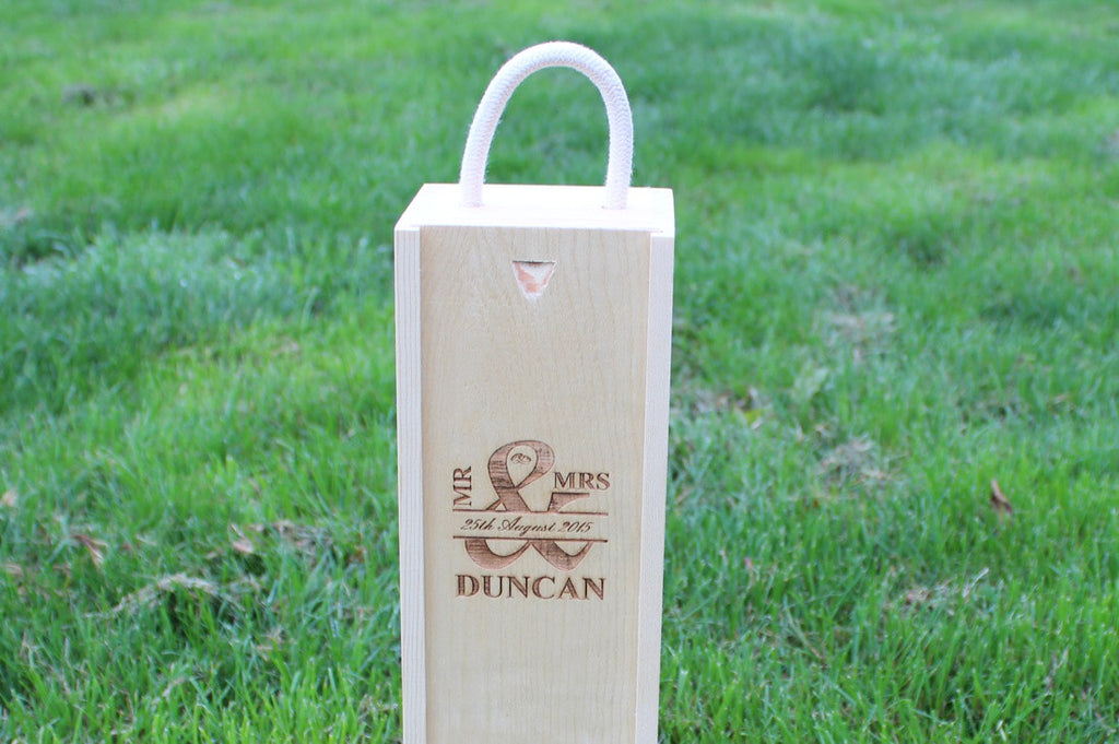 Chompboards.com - [product_type ] - 'MR & MRS - Rings' Single Rope Handle Personalised Wooden Wine Gift Box