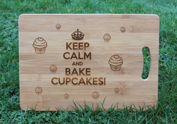 """KEEP CALM and BAKE CUPCAKES"" Chopping Board"