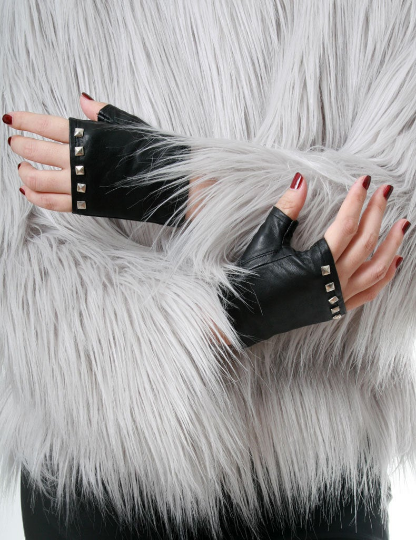 Genuine Soft Lambskin Leather Punk Boxing Fighting Biker Riding Fingerless Glove with metal studs