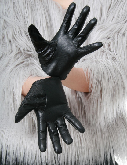 Genuine Sheepskin Leather Fashion Runway Model Scoop Wrist Gloves w/ Metal Stud Trim