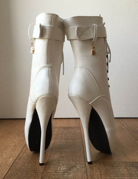 18cm Fetish Ballet Pointe Calf Hi Boot Gold Charm Burlesque Angel White Matte