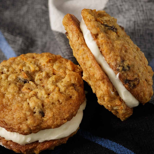 Carrot Cake with Cream Cheese and Queso Blanco Cookie Sammich!