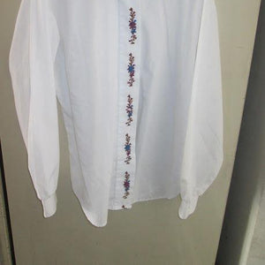 'NOTATIONS' Poly Cotton EMBROIDERED Design Size 14