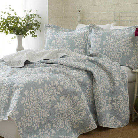 100% Cotton Twin size 2-Piece Quilt Set with Coverlet and Sham in Blue White Floral Pattern-Bedroom > Quilts & Blankets-Loluxe