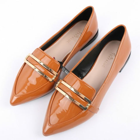 Elegant Chic Patent Leather Flat w/Metallic Accent Shoes 2 Colors-Loluxe