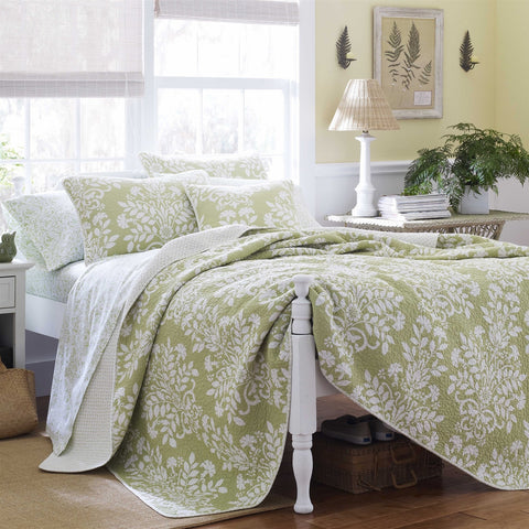 King size 100% Cotton 3 Piece Quilt Set in Sage Green White Floral Pattern-Bedroom > Quilts & Blankets-Loluxe
