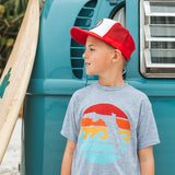 RETRO SUNSET YOUTH DRI TEE - GREY