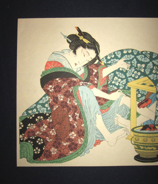 Japanese Erotic Shunga Woodblock Print Warm up in Bedroom