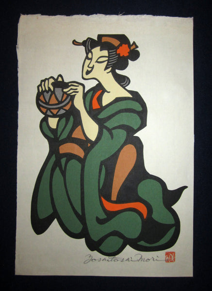 This is an EXTRA LARGE very beautiful and special original Japanese Shin Hanga woodblock print signed by the famous Showa modern woodblock print master Mori Yoshitoshi (1898-1992) made in 1970s IN EXCELLENT CONDITION.