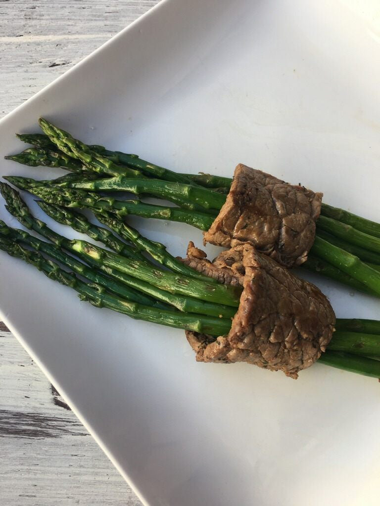 Oscars Red Carpet Diet Secrets: Roasted Beef Wrapped Asparagus