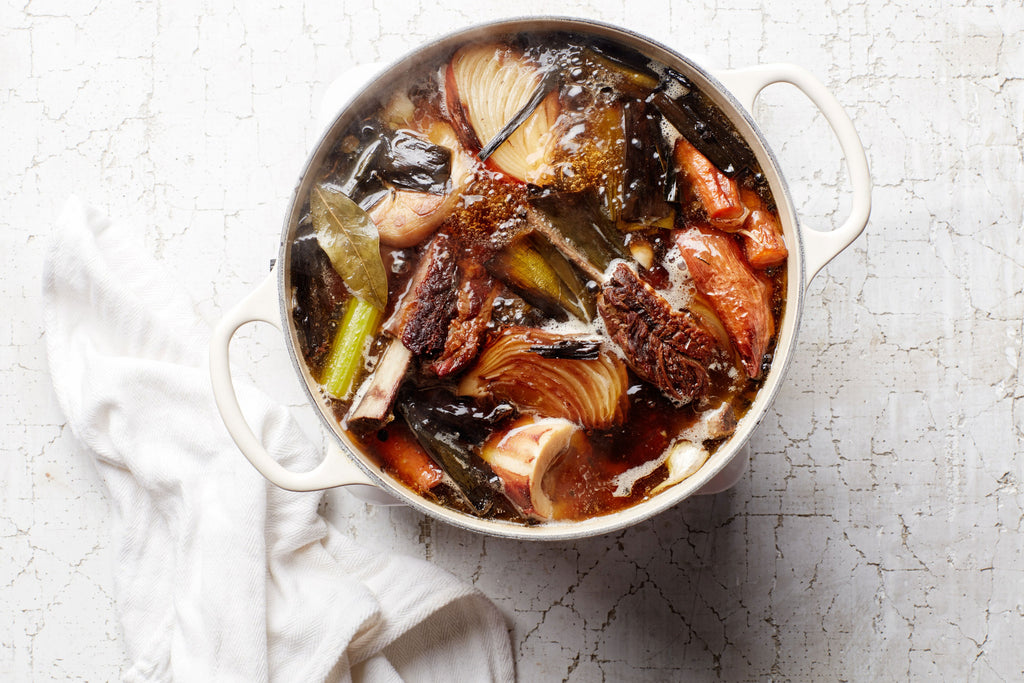 Bone Broth Benefits: How to Incorporate Into Your Holiday Season Recipes