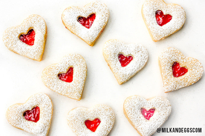 Raspberry and White Chocolate Shortbread Cookies - Valentine's Day Recipe