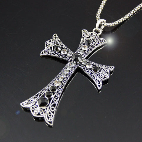 Vintage Large Cross Pendant Necklace with Rhinestone