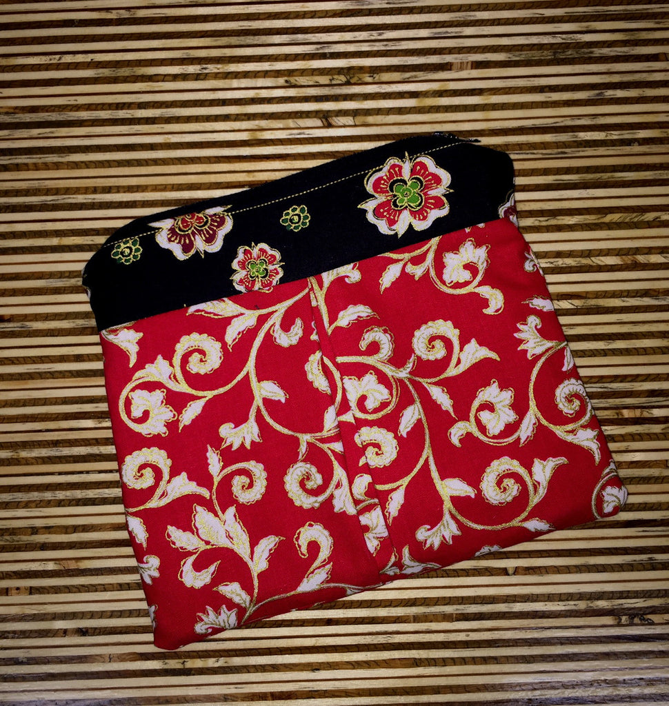 Red Vine Pleated Makeup Pouch