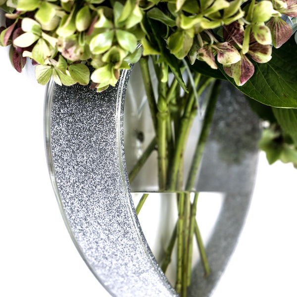 QUEEN OF HEARTS SILVER GLITTER/CLEAR HEART VASE
