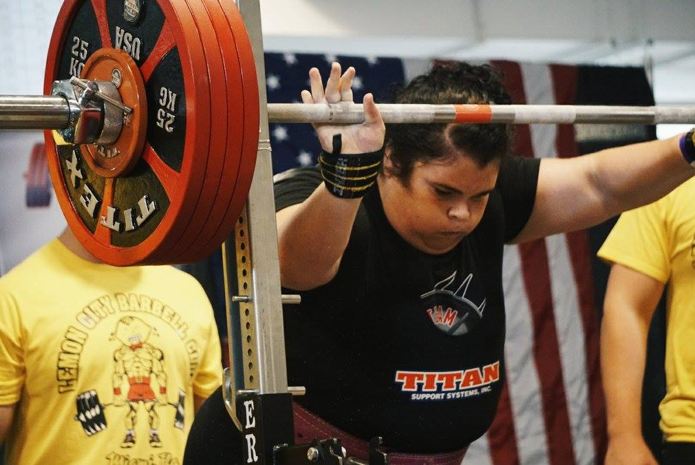 Becci Holcomb, women powerlifters,