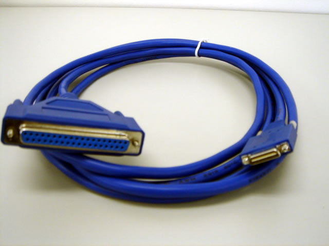 Cables Cisco Smart Serial to DCE Female Cable (p/n CAB-SS-449FC=)  Transceiver Module