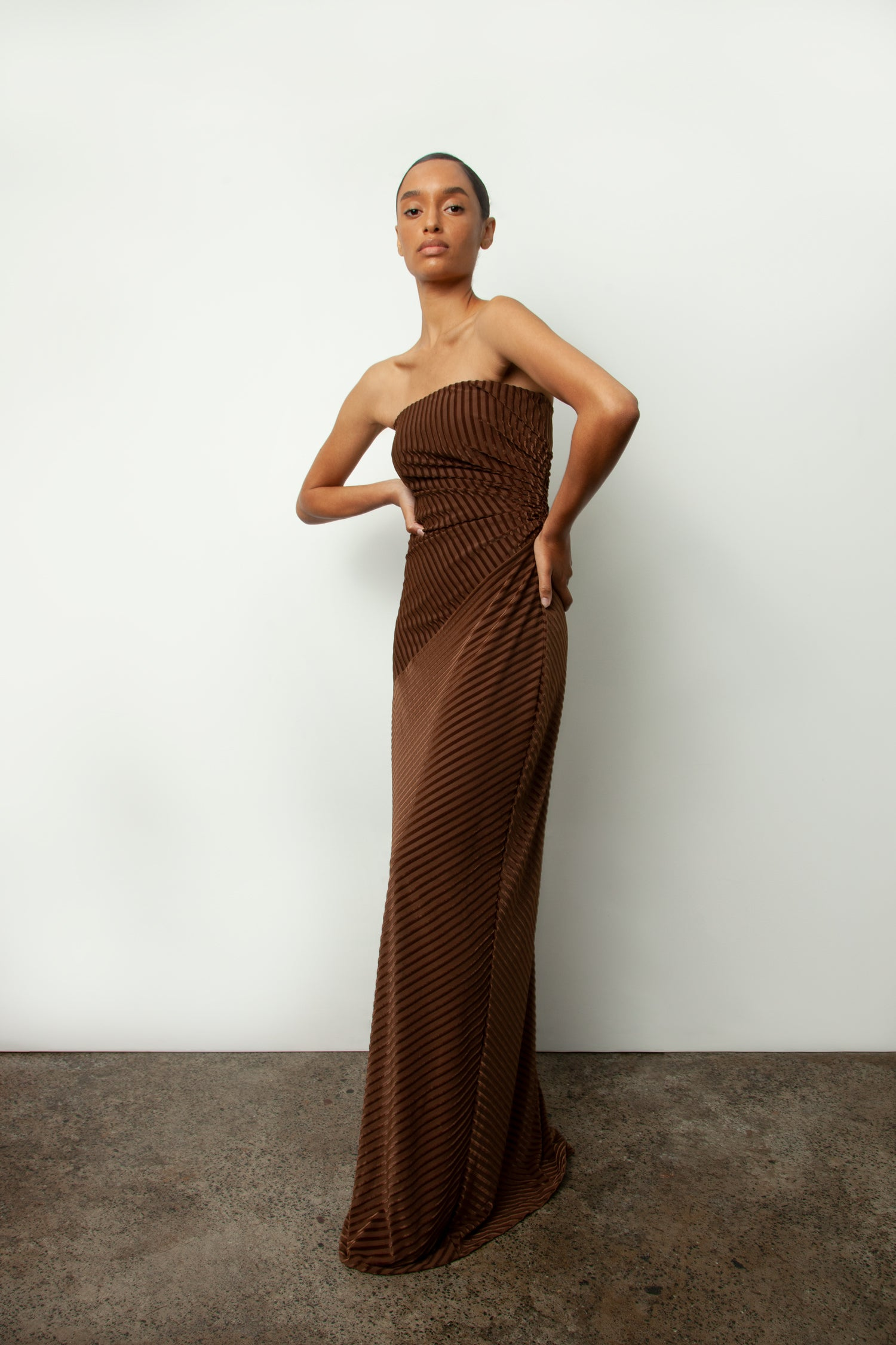 MATTHEW EAGER STRAPLESS GOWN