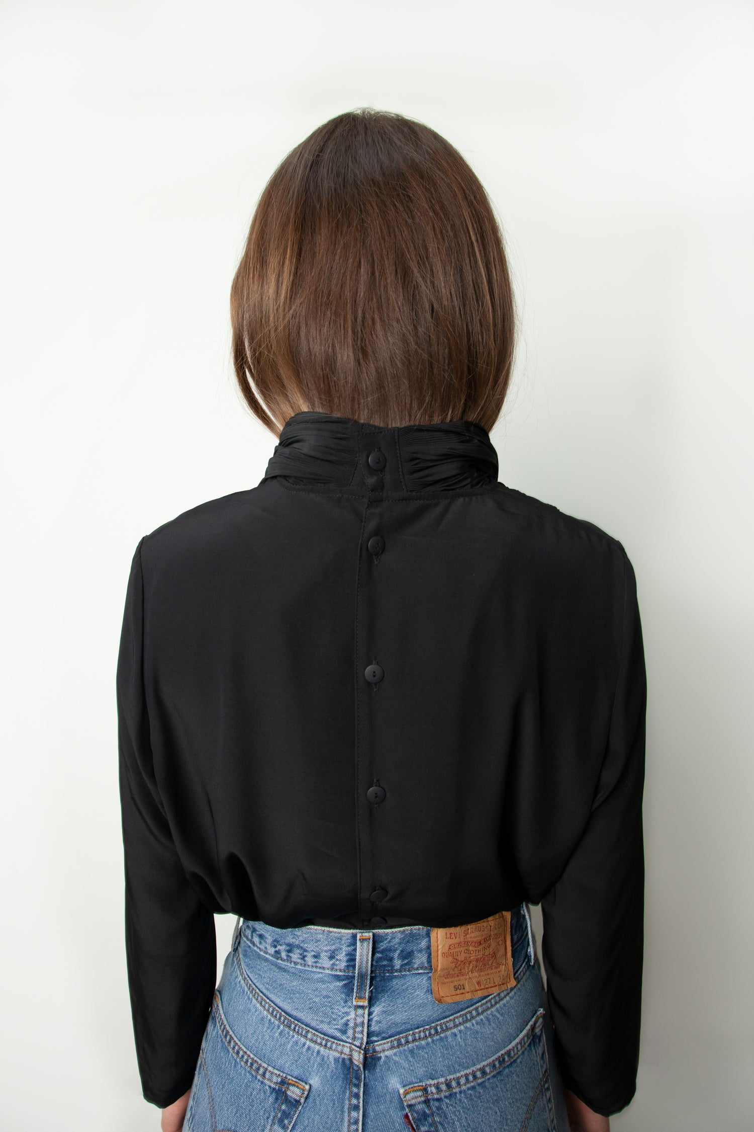PLEATED NECK BLOUSE