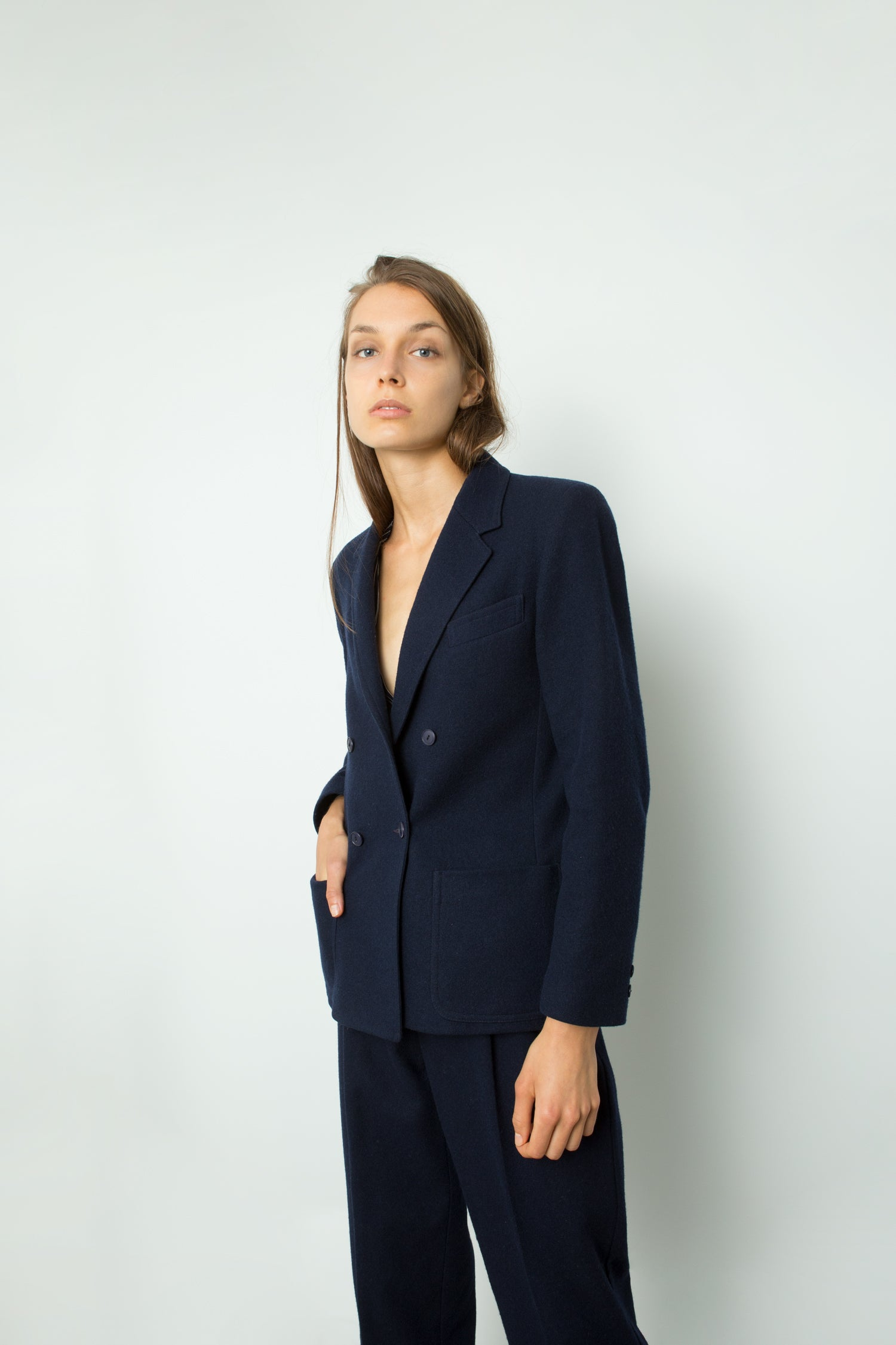 DOUBLE BREASTED WOOL SUIT