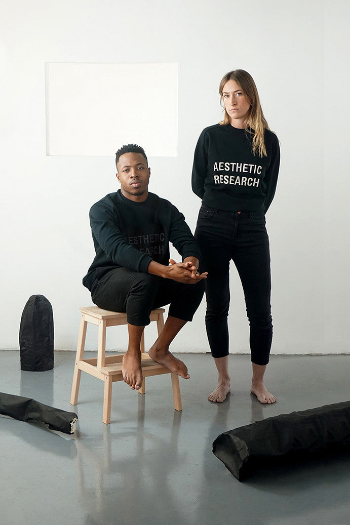 Aesthetic Research Sweat All Black