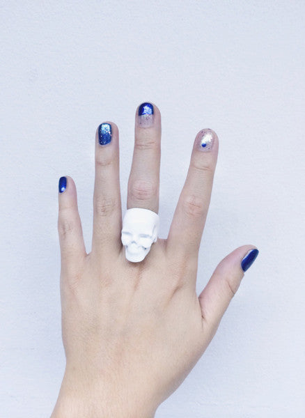 Collection // Skull Ring White