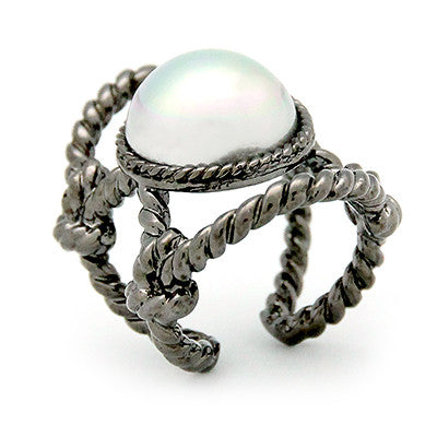 Stretching Moon Ring | Rope