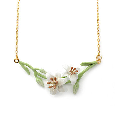 Lilly Necklace