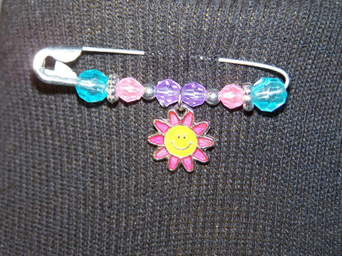 pink smiling daisy pin (various bead colors)