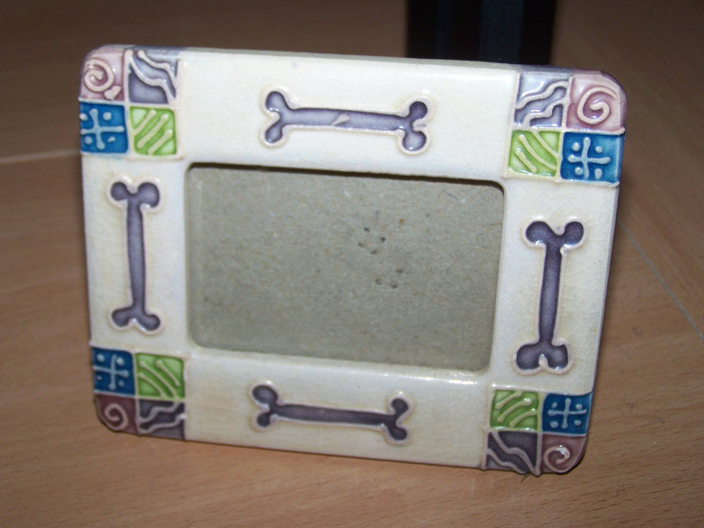 Ceramic Dog Bone Frame