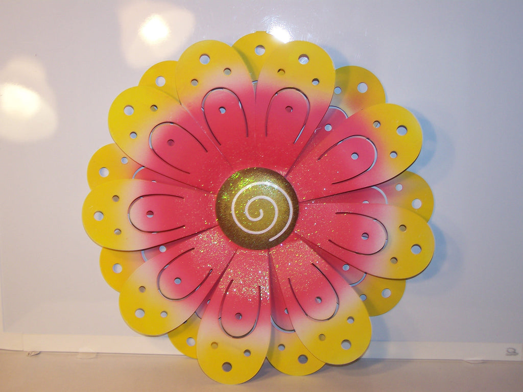 Pink Metal Wall Flower