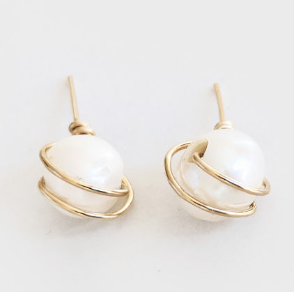 Pearl | Stud Earrings