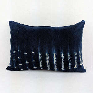 African Indigo  |  White Dots + Arrows  ( Lumbar )