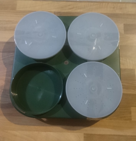 Sensas Bait Waiter + 3 Bait Tubs