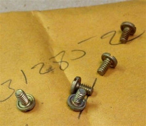 Evinrude Johnson OMC Engine Part Screw 0312852 312852