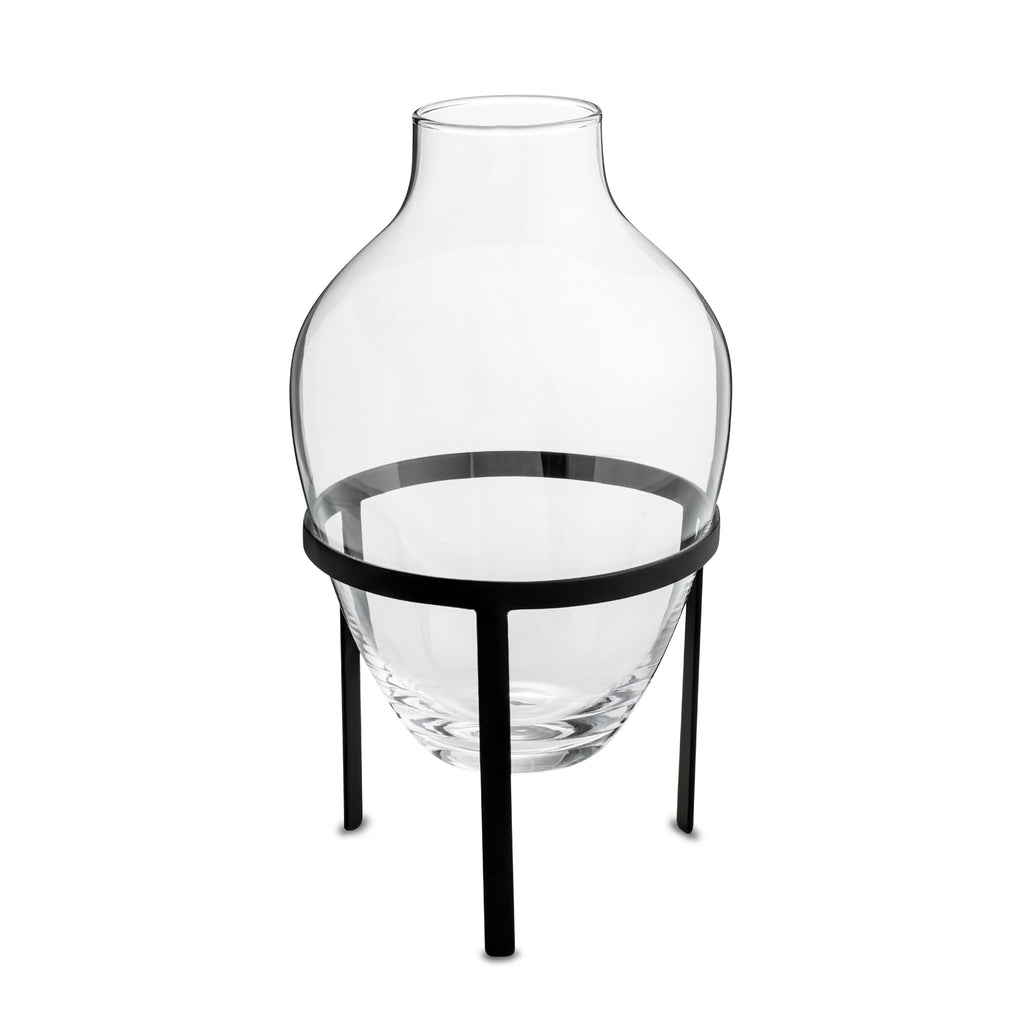 nordstjerne glass vase with black stand