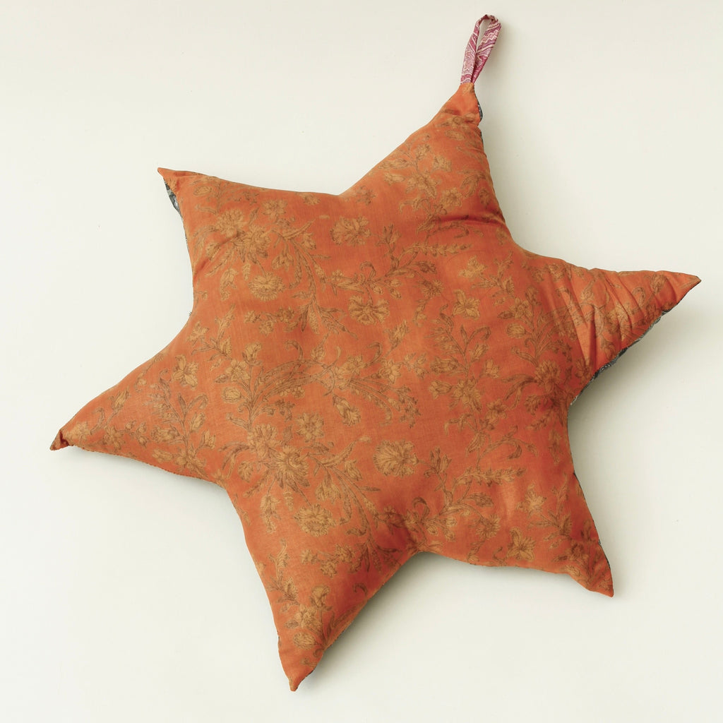 SUSTAIN vintage silk star, large