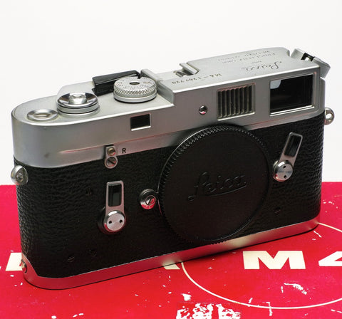 Leica M4 chrome body