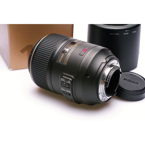 Nikon AF-S  105mm F2.8 G IF-ED VR  inc hood