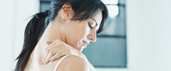 Side Sleeper Shoulder Pain: Causes, Remedies and Helpful Tips