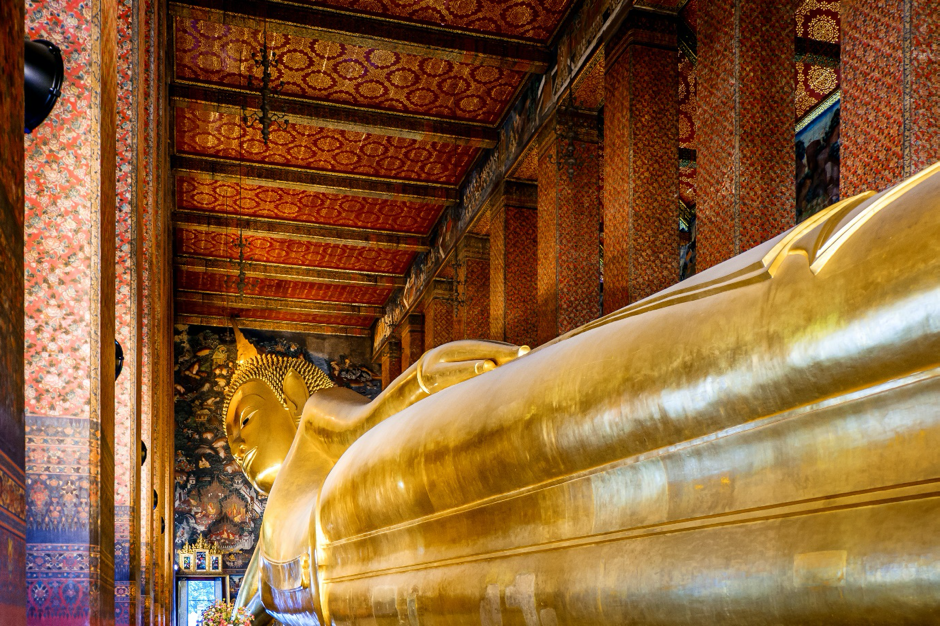 Wat Phra Chetuphron (Temple of the Reclining Buddha), Bangkok, Thailand