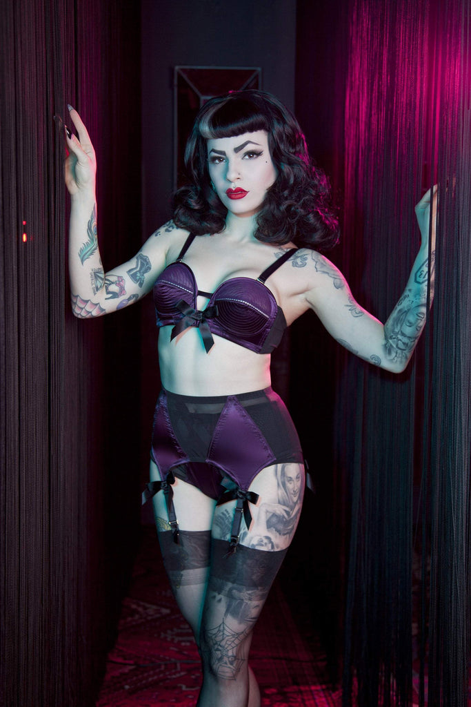 Bettie Page Plum 4 Strap Z Stitch Suspender Belt