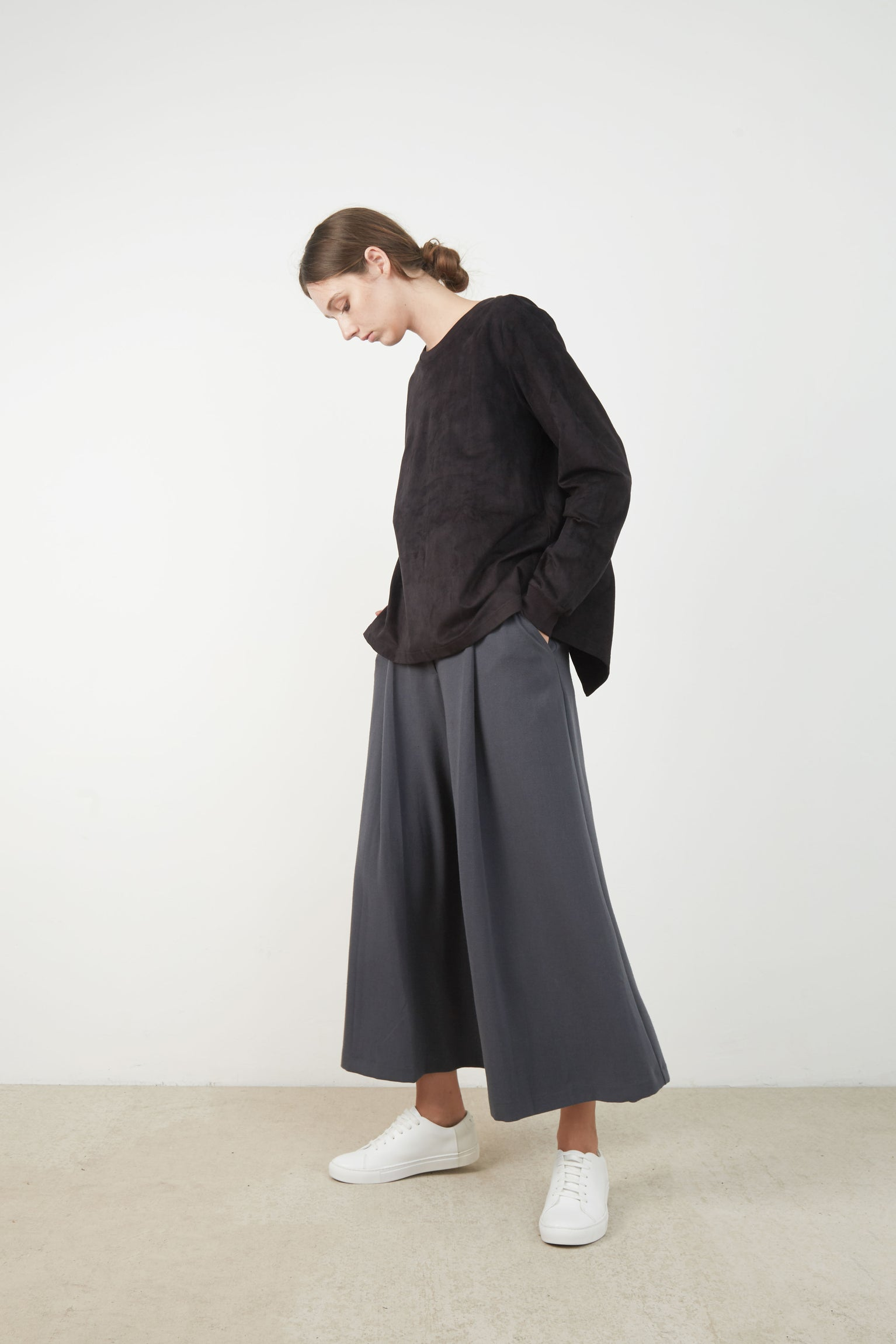 DYLAN OPENBACK PULLOVER