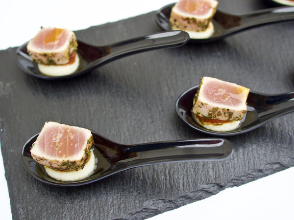 Seared tuna with mashed potatoes on the spoon